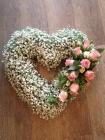 Open Gypsophlia Heart
